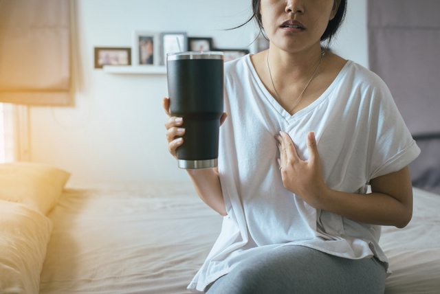acid reflux symptos